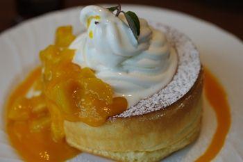新横浜にあるカフェ「星乃珈琲店」のパンケーキ