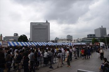 横浜赤レンガ倉庫の「パンのフェス」会場
