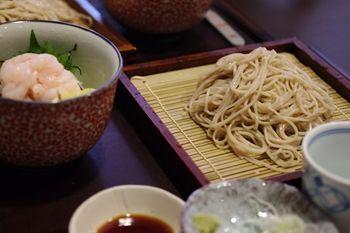 横浜関内にある蕎麦屋「板そば 蒼ひ」のランチ