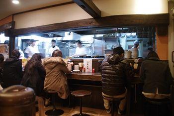 新横浜ラーメン博物館の「谷口食堂」の店内