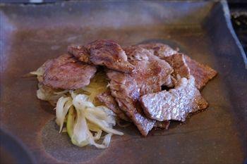 東戸塚にある鉄板焼きのお店「鉄板焼 勝治」のステーキ