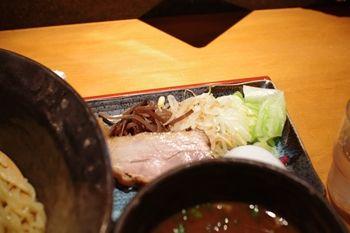 新横浜にあるつけ麺店「つけ麺 鐵匠」のつけ麺