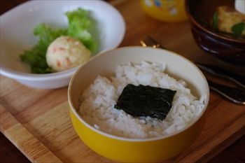 横浜綱島にあるスープカレー専門店「らっきょ&Star」のライス