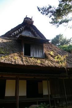 三渓園内のかやぶき屋根の家