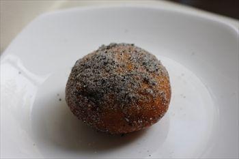 横浜中華街にあるパン屋「のり蔵」のパン