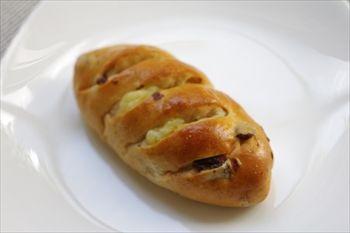 横浜大倉山にあるパン屋「ベッカライ オーデンセ」のパン