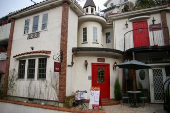 横浜元町のカフェ「Paty Cafe(パティカフェ)」の外観