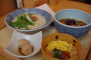 横浜シアルにあるおいしいうどん屋さん「嘉禾屋」の定食