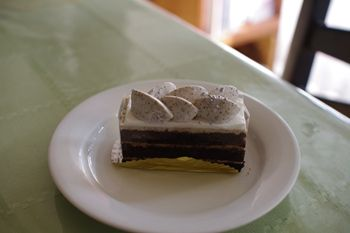 横浜金沢文庫にあるケーキ屋さん「オ・プティ・マタン」のケーキ