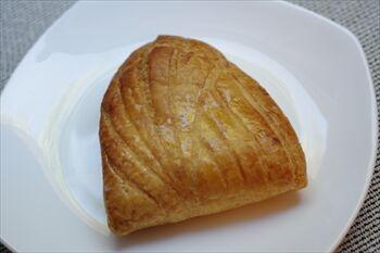 横浜にあるベーカリーカフェ「オーバカナル」のパン