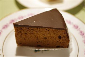 葉山にあるケーキショプ「フリューリング」のケーキ