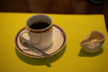 横浜都築区のとんかつ屋「馬酔木(あしび)」のコーヒー