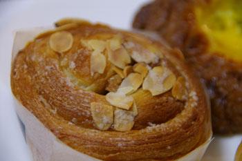 「横浜・神奈川グルメフェスティバル」のカラヘオベーカリーのパン