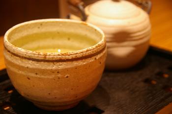 横浜ランドマークの和カフェ「緑茶+話」のほうじ茶