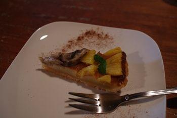 西横浜にあるカフェ「Midsummer Cafe 夏至茶屋」のデザート
