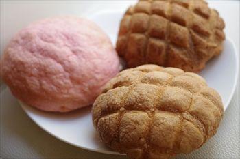 横浜山手にあるメロンパン専門店「メロンパンファクトリー」のパン