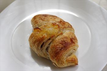 東京渋谷にある天然酵母のパン屋「パン工房 ドラゴーネ」のパン