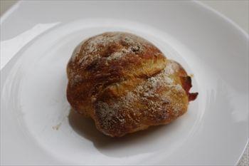 東京新宿にあるパン屋「ル・プチメック東京」のパン