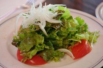 箱根の仙石原にあるイタリアン「SOLO PIZZA」のサラダ