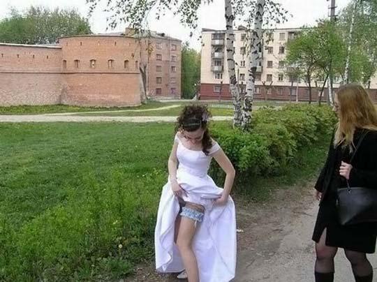 結婚式 牧師 神父