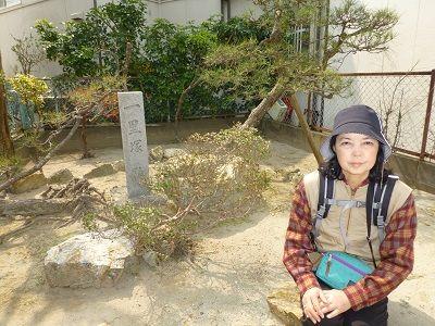 095 舞阪一里塚跡(左)