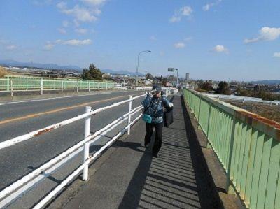 100 強風の三ケ野橋