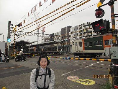 13 JR戸塚駅踏切