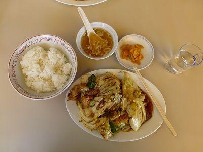 084 昼食