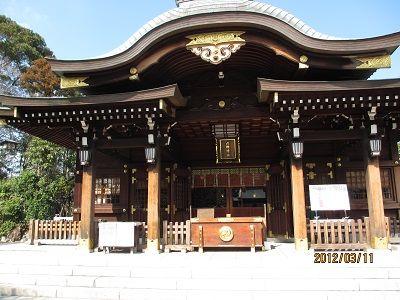 56 六郷神社神殿