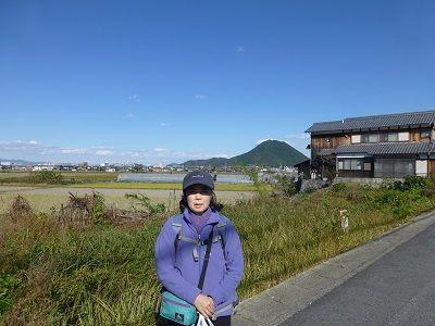 141 近江富士(後方の山)