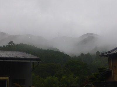 020 雨中の景色