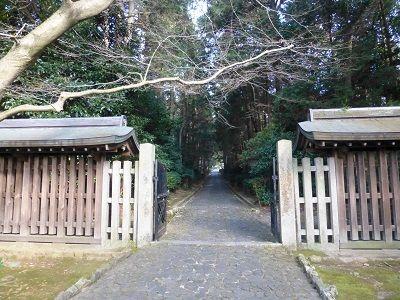 128 天智天皇陵・参道②
