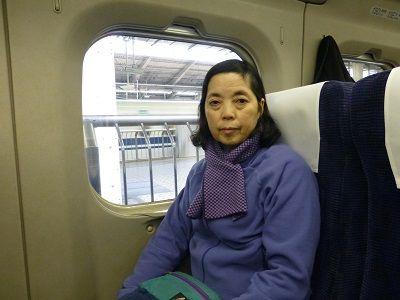 001 新幹線車内(東京駅)