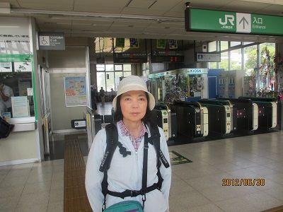 01 二宮駅改札口