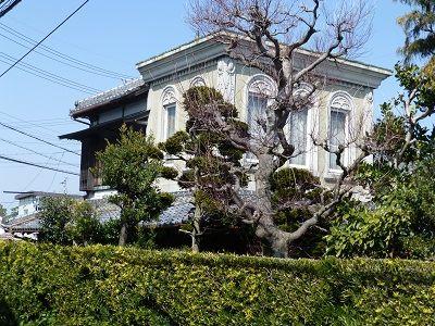 100 和洋折衷の家