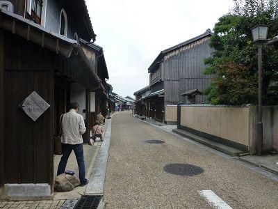 114 関宿町並み(絵画会の人達)