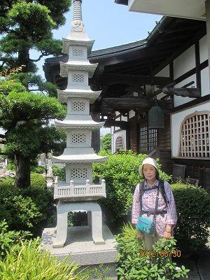 33 法善寺の五重塔