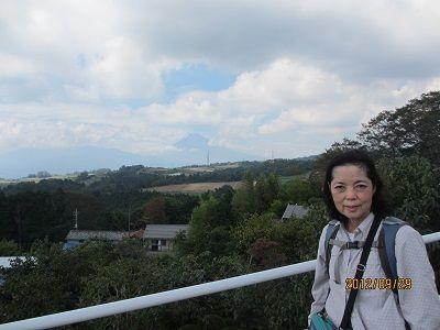37 頂上の雲が取れる(三ツ谷)