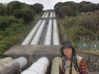 77 日軽金の導水路