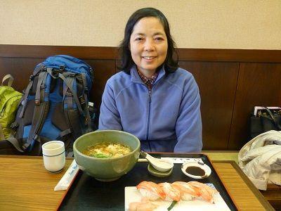 156 昼食(かにづくしそば)