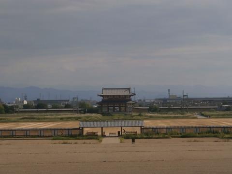 平城京大極殿から朱雀門2