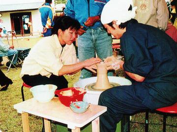 八幡生涯学習のむら陶芸教室