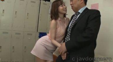 篠田ゆうさん