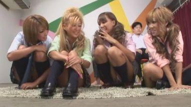 RUMIKAさん星崎キララさん桜りおさん安西瑠菜さん