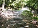 東まわり下山階段