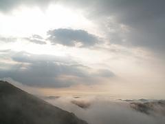 池の段からの雲海(竜王山方面)