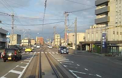 富山ライトレール12