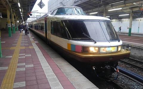 11_しいら_列車01