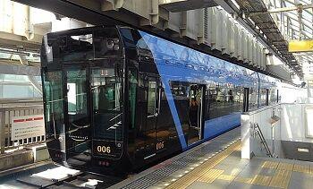 62_マコ_列車01