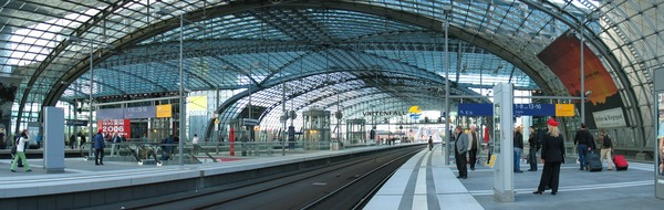 Berlin_Hauptbahnhof_pano_06